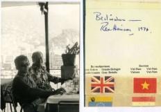 1974_ rex harrison a tavola in terrazza