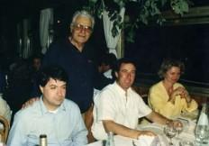 1995__gustav_thoeni_con_famiglia_e_cippa_costa0